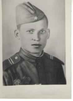 Padlý sovětský voják Saša Lepšin