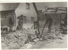 Výstavba zroku 1973